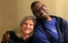 Questa infermiera adotta un ragazzo senzatetto affetto da autismo per aiutarlo ad affrontare il trapianto di cuore