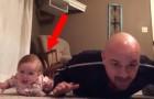 Séance de gym entre papa et bébé. Une future reine du sport est née :-)