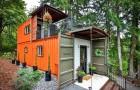 Un couple a transformé deux containers en une originale mini-maison : elle est petite mais remplie de commodités
