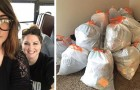 De dochter liet de kamer steeds weer rommelig achter: de moeder ruimt op door alles in vuilniszakken te stoppen