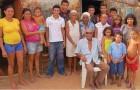 Un uomo di 90 anni sostiene di avere 50 figli: 17 li ha avuti dalla moglie, 15 dalla cognata e uno dalla suocera
