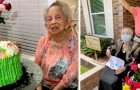 Een in quarantaine geplaatste grootmoeder ontvangt 100 rozen voor haar honderdste verjaardag van al haar familieleden