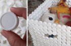 Il metodo semplice ed economico per costruire un robusto cesto riciclando tappi di plastica