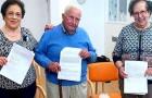 Tre pensionati ottengono il diploma di terza media realizzando così il proprio sogno nel cassetto