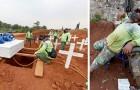 In Indonesien sind einige maskenlose Protestanten gezwungen worden, Gruben für die Opfer von Covid-19 zu graben