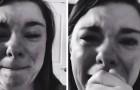 Uma mãe começa a chorar quando um único convidado aparece na festa de seu filho com síndrome de Down