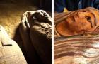Egitto, scoperti 27 sarcofagi mai aperti per 2500 anni: è uno dei ritrovamenti più importanti del suo genere