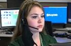 Diese 911-Telefonistin hat innerhalb einer Stunde dazu beigetragen, das Leben eines Kindes und eines alten Mannes zu retten