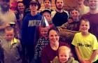Un couple d'âge moyen accueille une fille après avoir donné naissance à 14 enfants de sexe masculin