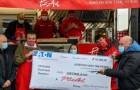 """Hij betaalt 10.000 dollar voor twee pizza's: een """"kerstcadeautje"""" van een ondernemer voor een restaurant met autistische jongeren"""