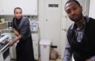 El motivo por el cual esos dos jovenes estan cocinando los hara emocionar!