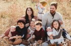 Sie adoptieren 4 Kinder, kurz nachdem sie erfahren, dass sie 4 Zwillinge erwarten: Sie wollten schon immer eine große Familie