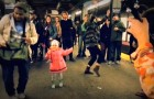 This little girl dancing in the subway is awesome: just few seconds and ... WOW!