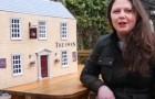 """Sie braucht über 300 Stunden, um eine Miniaturreplik ihres Pubs zu bauen: """"Ich habe mich im Lockdown gelangweilt"""""""