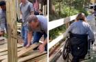 Dei poliziotti riparano la rampa di accesso alla casa di una donna disabile, nel loro giorno libero: