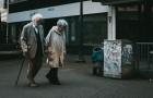 Een bejaard echtpaar met dementie ontvlucht het verpleeghuis door de Morsecode te gebruiken