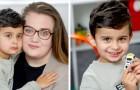 Een kind met spraakproblemen slaagt erin om hulp te roepen nadat zijn moeder plotseling flauwvalt