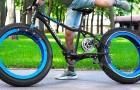 Keine Naben und keine Speichen: Junge modifiziert Fahrrad und verwandelt es in ein futuristisch anmutendes Fahrzeug