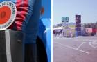 Madre e hijo sin trabajo se encuentran viviendo en una plazoleta de la autopista: la policía los ayuda