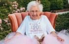 Ihre Enkelin organisiert für sie einen Märchengeburtstag: Diese Großmutter feiert 90 Jahre als Prinzessin verkleidet
