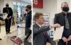 Medewerker in een supermarkt neemt plechtig ontslag terwijl hij midden in de winkel zijn brief voorleest
