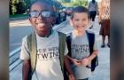 Twee kinderen kleden zich hetzelfde voor