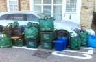 Sie parken ihr Auto im Halteverbot und blockieren den Müllwagen: Anwohner nehmen Rache