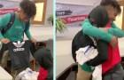 Regala tre borse piene di vestiti al compagno di classe bullizzato: non aveva soldi per comprare abiti nuovi