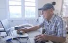 Oude man maakt per ongeluk $71.000 over naar de rekening van een onbekende die weigert het terug te geven