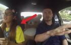 Uma menina entra no carro com o instrutor de condução: ele não vai parar de GRITAR!