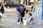 Um estranho com um cachorro se aproxima das crianças, veja o que acontece!
