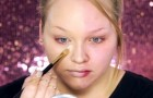 Sie schminkt sich eine Hälfte ihres Gesichts. Das Ergebnis lässt euch staunen