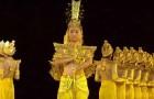 63 ballerine non udenti si preparano sul palco: quando inizieranno a muoversi resterete rapiti