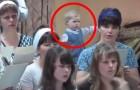 Le coriste iniziano a cantare, ma tenete gli occhi sulla bambina alle loro spalle... Fantastica!