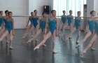 Queste ballerine si preparano al centro della sala: dal primo movimento resterete rapiti