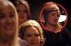 Adele si maschera e si presenta al provino: quando arriva il suo turno... Panico!