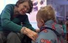 Er wordt een kleuterschool geopend in een verzorgingstehuis: dit is het resultaat van deze fusie... Wow!