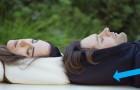 La felpa col cappuccio gonfiabile che vi permetterà di addormentarvi OVUNQUE
