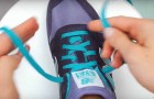 An easy way to tie perfect shoelaces in just TWO SECONDS!