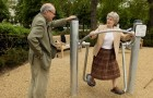Children and elderly people are having fun together: here come senior-citizen playgrounds!