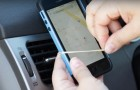 Voici comment faire un simple porte-téléphone pour votre voiture en 10 secondes