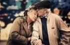 Een bejaarde vrouw onthult het geheim voor een gelukkig huwelijk. Het is geweldig!