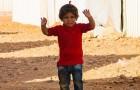 Hij maakt een foto van een Syrisch kind: het gebaar dat dit kind maakt, raakt je diep in het hart