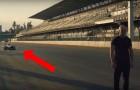 Una macchina da corsa si dirige verso di lui... ciò che sta per fare è da brivido!