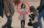En voyant une petite fille toute seule de nombreux passants se proposent de l'aider, mais si ses vêtements sont différents... ça change tout