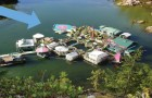Un couple met 25 ans pour construire sa maison de rêve: jugez le résultat