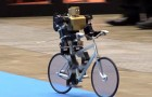 Robot van en bicicleta