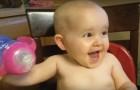 Das skurrilste Lachen eines Babys, das je gehört wurde: dabei kann man einfach nicht ernst bleiben!
