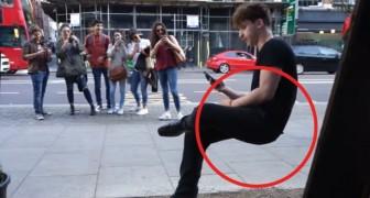 De illusie van de onzichtbare stoel: zo echt, dat er geen truc aan te pas lijkt te komen!