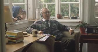Papy apprend l'anglais: voici la plus mignonne et surprenante publicité de Noël